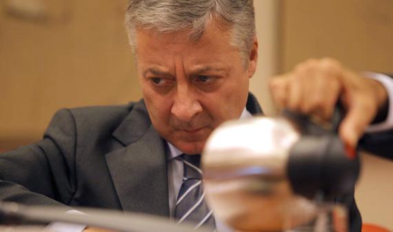 El ministro de Fomento, José Blanco, en el Congreso. | A. Heredia
